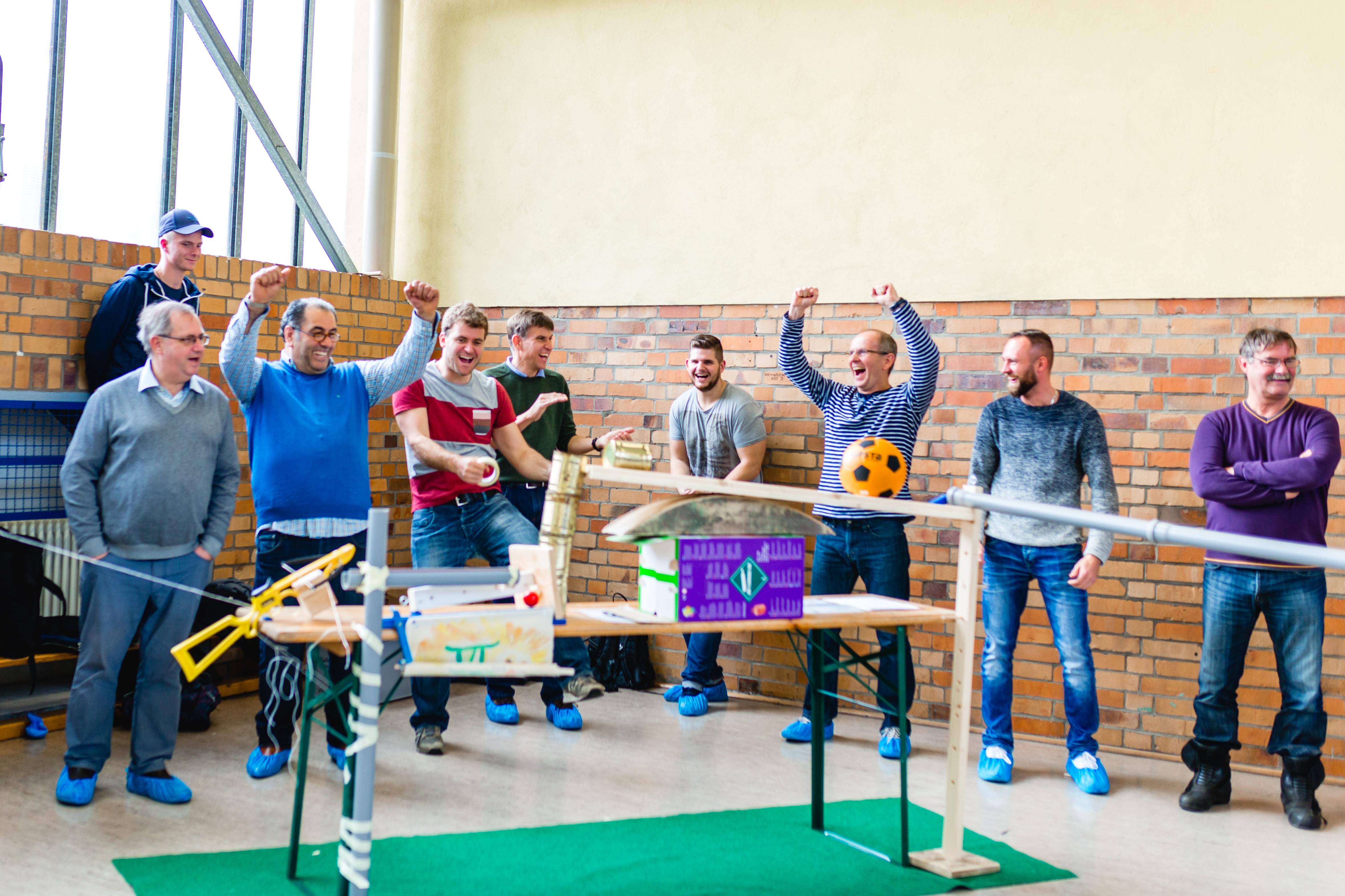 Siemens bei einem Kettenreaktion Teamevent in Berlin
